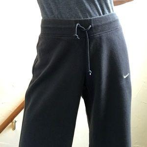 3 Sweat pants- Nike Under Armor Nappytabs S/M